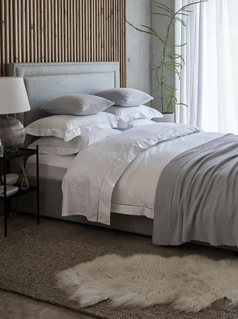Bed Throws Luxury Cotton Cashmere Throws The White Company Uk