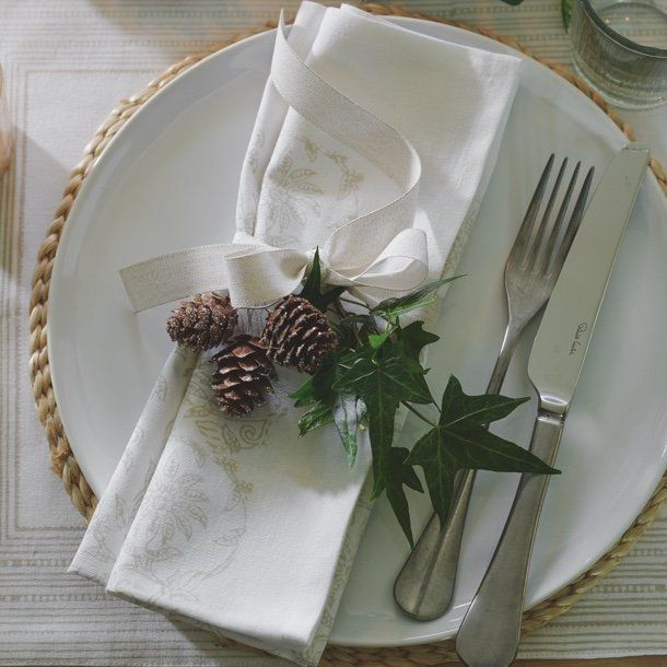 3-ways-to-dress-your-festive-table